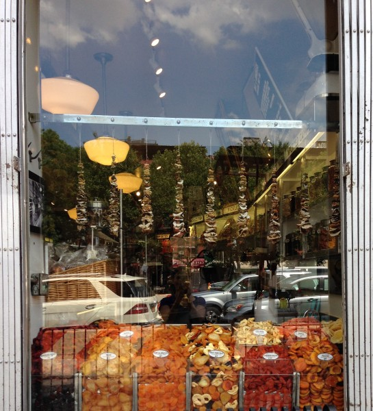 russ-and-daughters-window