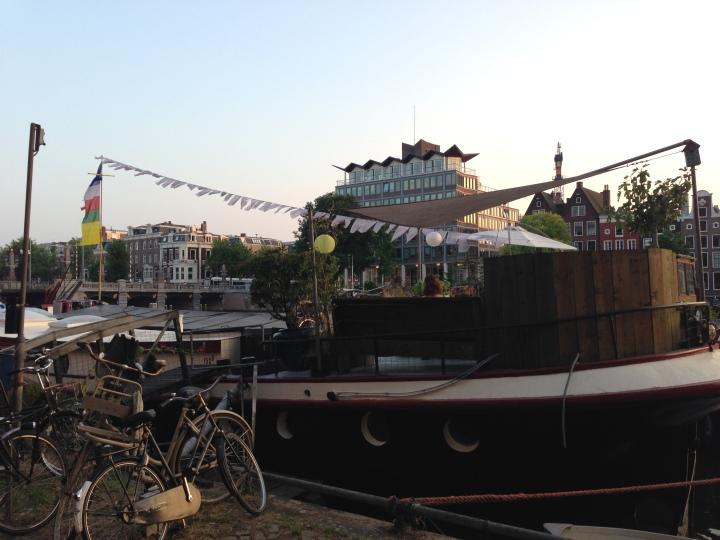 Houseboat-Profile