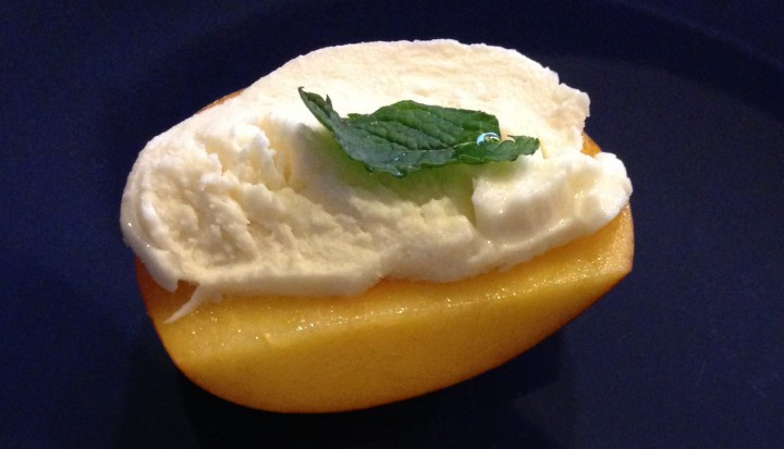 peaches-with-mint