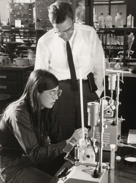 Radcliffe-chemistry-1971