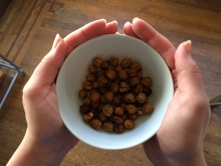 bowl-of-chickpeas