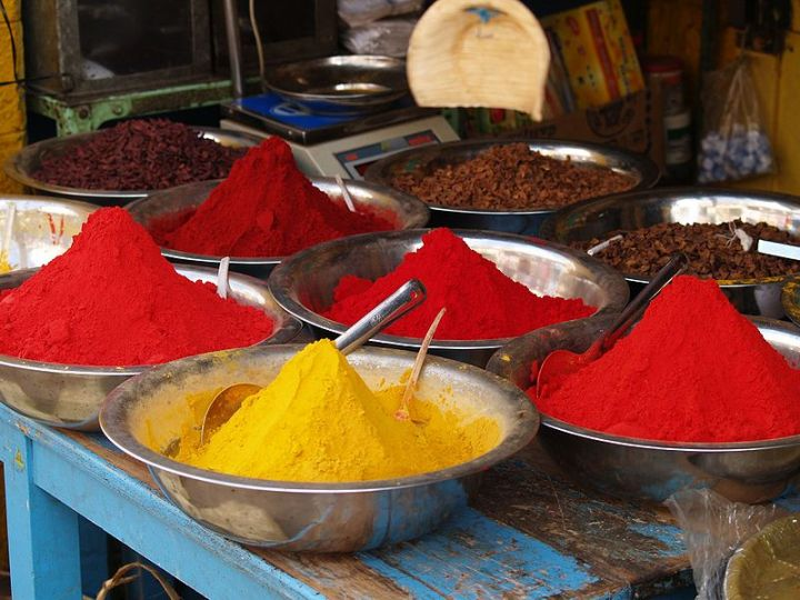 Spices for sale in Bangalore. Photo by: Matt Logelin