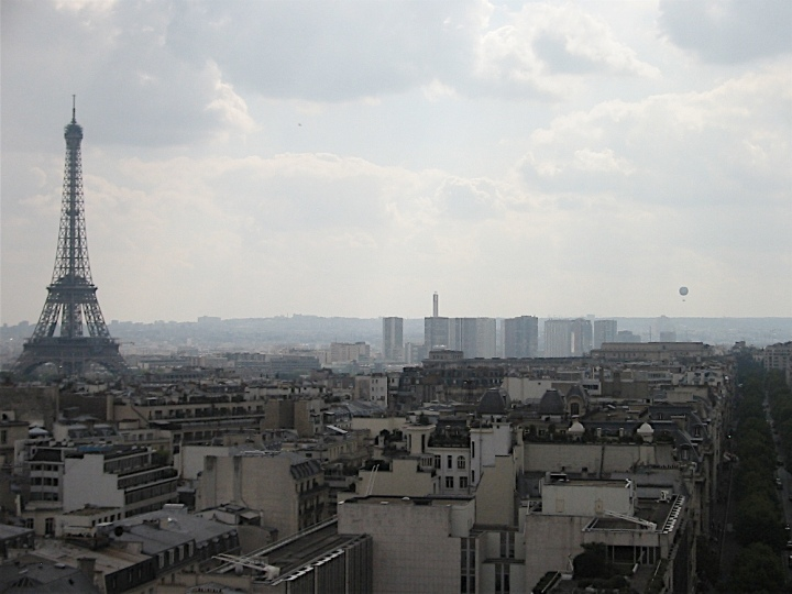 l'arc-de-triomphe-view