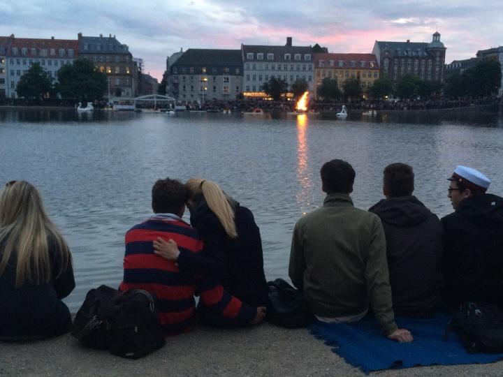 copenhagen-bonfire